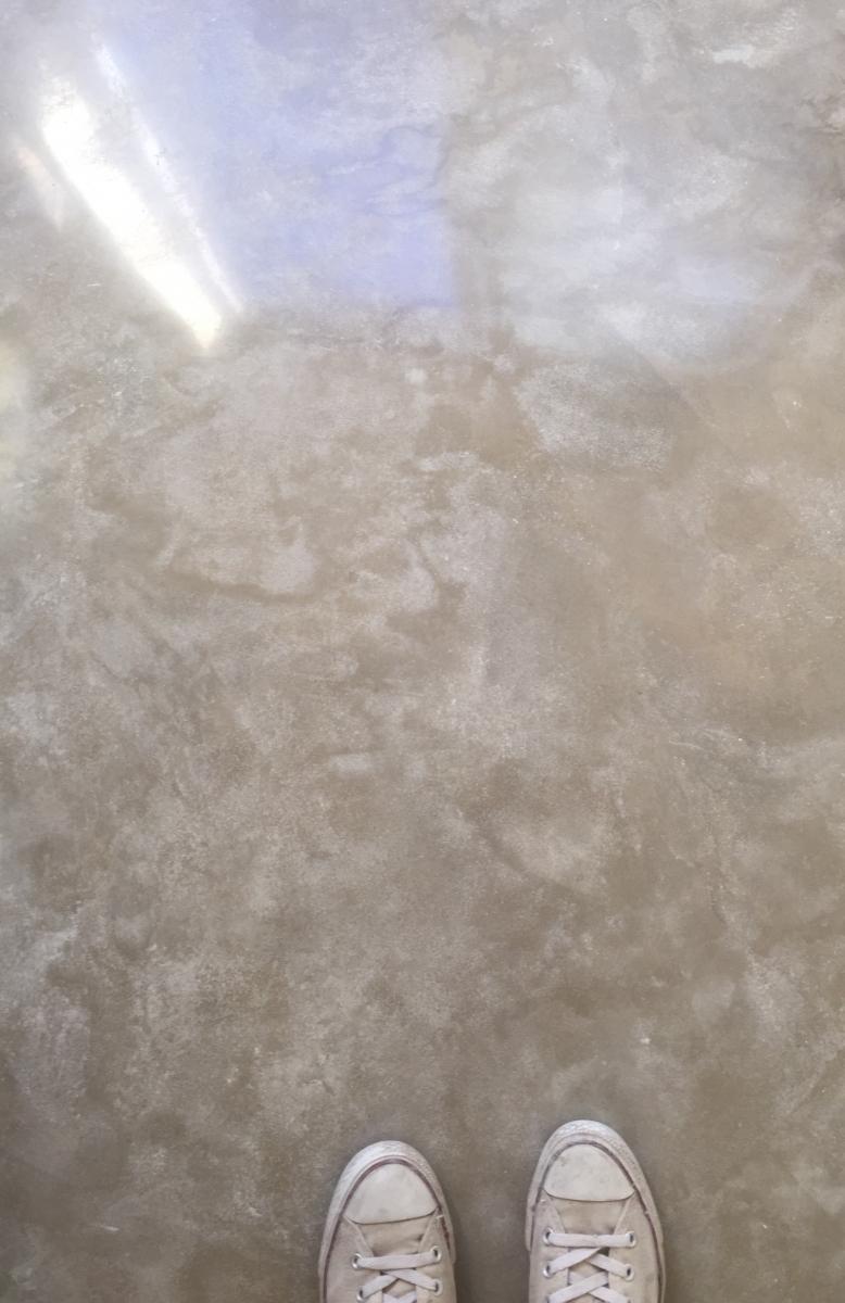 cream_finosh_for_polished_concrete_floor_page_